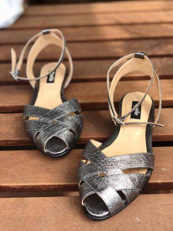sandale metalice